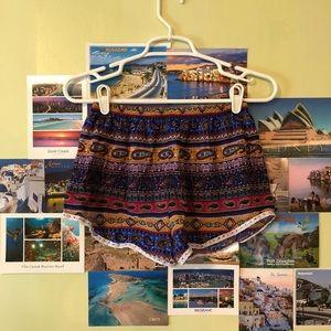 Pants - patterned flowy shorts